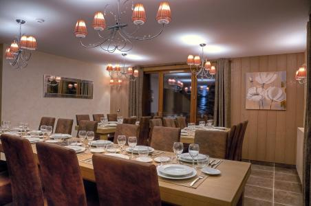 Location au ski Les Balcons Platinium - Val Thorens - Table