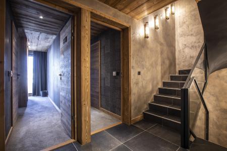 Rent in ski resort 6 room chalet cabin 12 people (GOLDEN JUBILEE) - Les Chalets du Koh-I-Nor - Val Thorens - Apartment