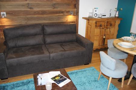 Rent in ski resort Studio cabin 4 people (19F) - Les Temples du Soleil Cuzco - Val Thorens - Settee