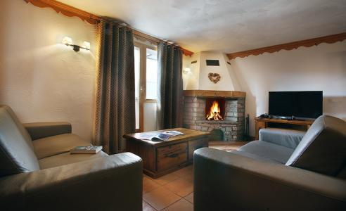 Rent in ski resort Résidence Chalet des Neiges Plein Sud - Val Thorens - Living room
