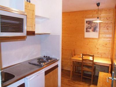 Location au ski Studio 2 personnes (3) - Residence Hauts De Chaviere - Val Thorens - Kitchenette