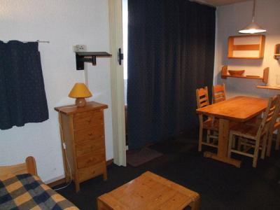 Location au ski Studio cabine 4 personnes (13) - Résidence l'Orsière - Val Thorens