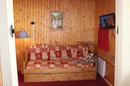 Location au ski Appartement 2 pièces 4 personnes (44) - Résidence l'Orsière - Val Thorens - Canapé-gigogne