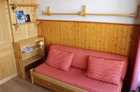 Location au ski Studio 3 personnes (112) - Residence Le Dome De Polset - Val Thorens - Canapé
