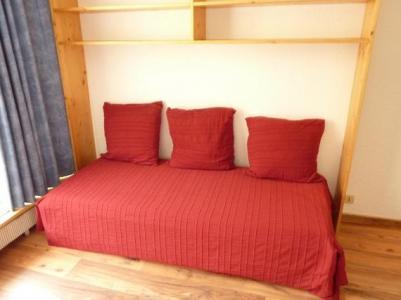 Location au ski Studio 3 personnes (309) - Residence Le Dome De Polset - Val Thorens - Canapé