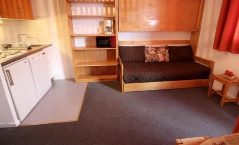 Location au ski Studio cabine 4 personnes (8) - Résidence le Joker - Val Thorens - Canapé