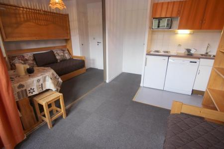 Location au ski Studio cabine 4 personnes (8) - Residence Le Joker - Val Thorens - Table