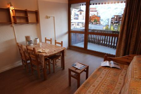 Location au ski Studio 4 personnes (10) - Residence Le Lac Du Lou - Val Thorens - Canapé