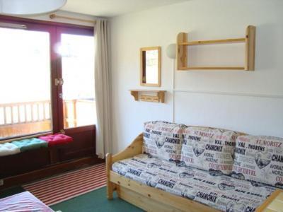 Location au ski Studio 4 personnes (02) - Residence Le Roc De Peclet 1 - Val Thorens - Canapé-lit