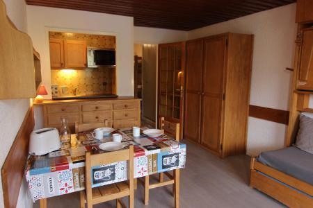 Location au ski Studio 4 personnes (U7) - Residence Le Serac - Val Thorens - Séjour