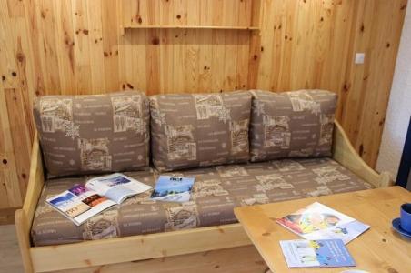 Location au ski Studio 2 personnes (101) - Residence Les Hauts De Vanoise - Val Thorens - Canapé