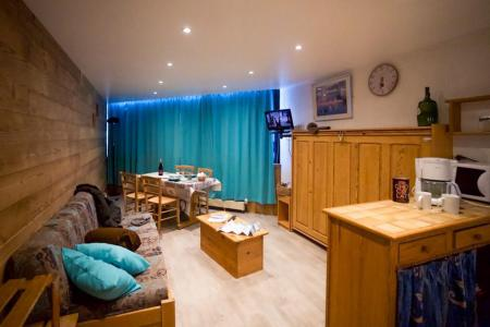 Location au ski Studio cabine 4 personnes (810) - Residence Les Trois Vallees - Val Thorens - Canapé
