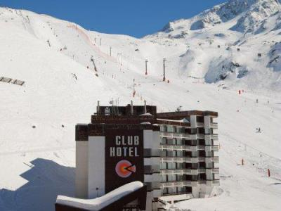 Rent in ski resort Résidence Pierre & Vacances le Gypaète - Val Thorens - Winter outside