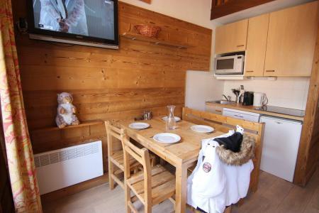 Location au ski Appartement 2 pièces mezzanine 6 personnes (100) - Residence Reine Blanche - Val Thorens - Canapé