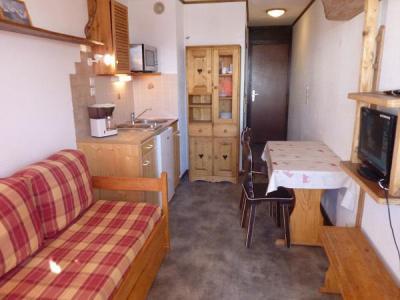 Rent in ski resort Studio 2 people (158) - Résidence Vanoise - Val Thorens - Sofa-bed