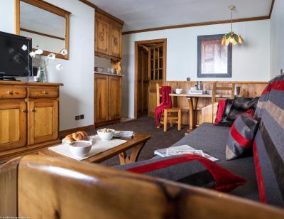 Rent in ski resort Résidence Village Montana - Val Thorens - Living room