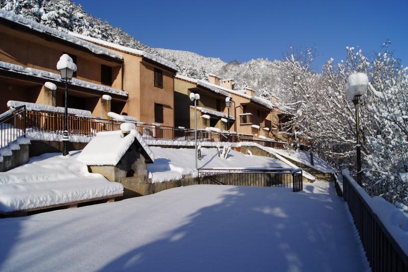 Vacances en montagne Résidence les Gorges Rouges - Valberg / Beuil - Extérieur hiver
