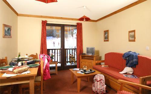 Location au ski Appartement 2 pièces 4 personnes (BBF) - Les Chalets Du Thabor - Valfréjus - Séjour