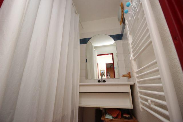 Location au ski Studio cabine 4 personnes (26) - Residence Chaviere - Valfréjus - Salle de bains