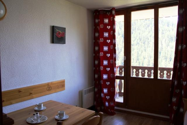 Location au ski Studio coin montagne 4 personnes (38) - Residence Chaviere - Valfréjus - Coin repas