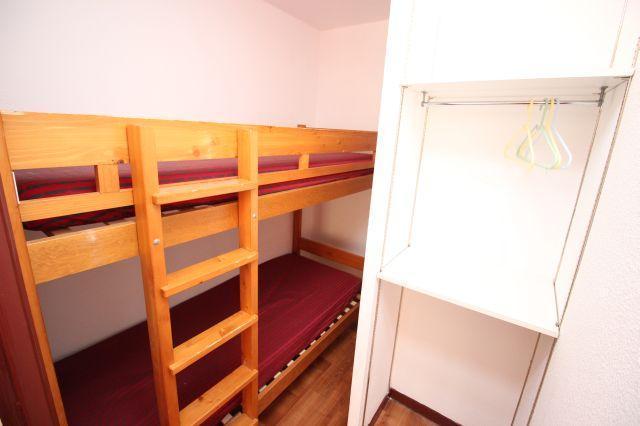 Location au ski Appartement 2 pièces cabine 6 personnes (53) - Residence Du Cheval Blanc - Valfréjus - Lits superposés