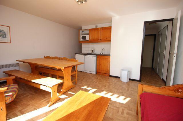 Location au ski Appartement 3 pièces 8 personnes (65) - Residence Du Cheval Blanc - Valfréjus - Coin repas