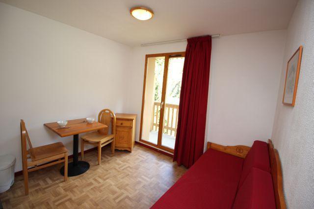 Location au ski Studio 2 personnes (66) - Residence Du Cheval Blanc - Valfréjus - Séjour