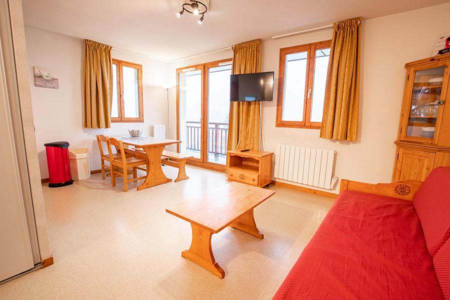 Аренда на лыжном курорте Апартаменты 2 комнат кабин 6 чел. (J22) - Chalets d'Arrondaz - Valfréjus - Салон
