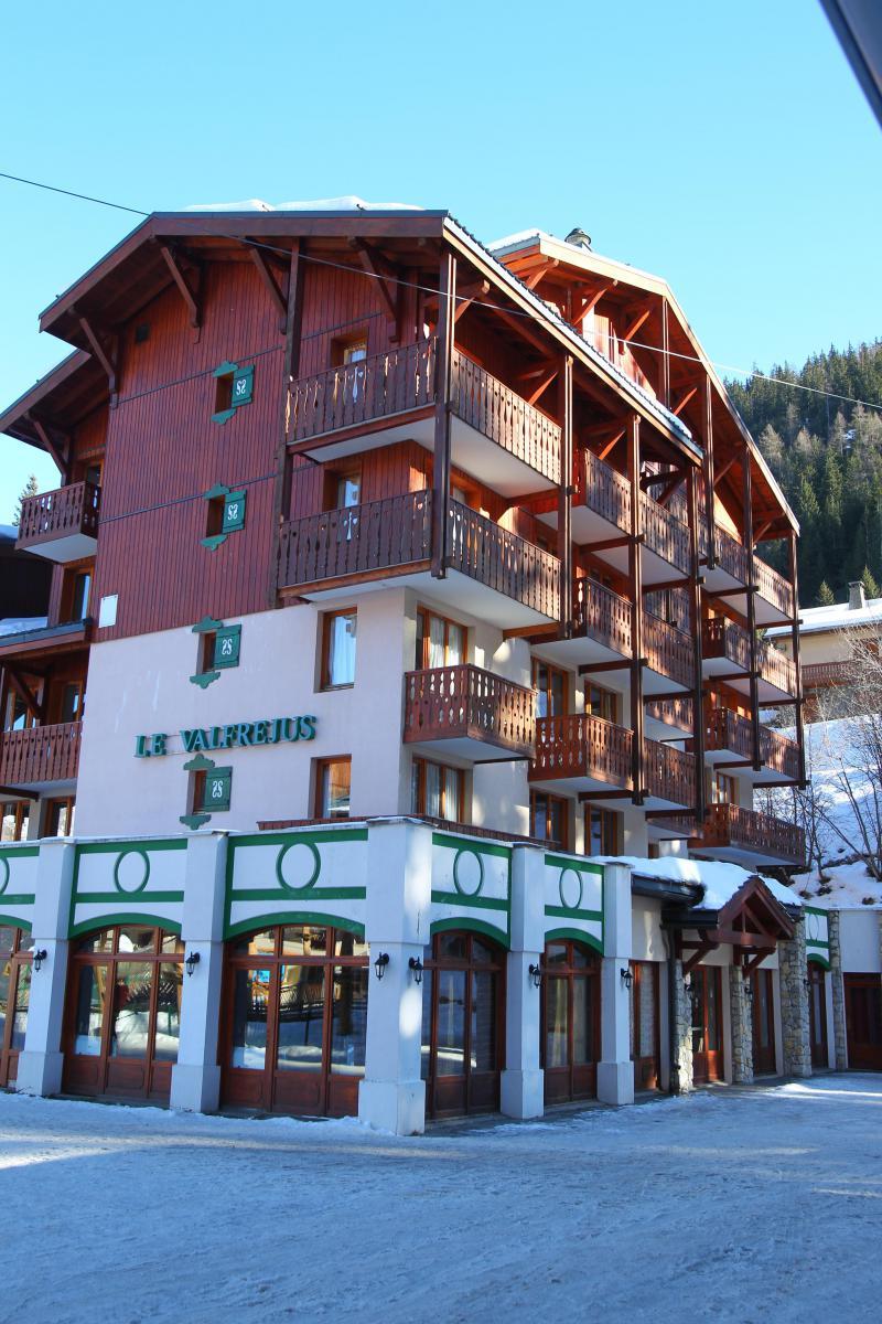 Vakantie in de bergen Hôtel Club Adonis Valfréjus by Olydea - Valfréjus - Buiten winter