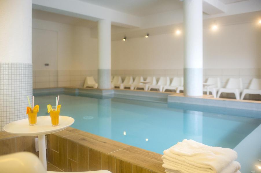 Hotel club du soleil valfrejus ski station valfr jus for Club piscine soleil chicoutimi