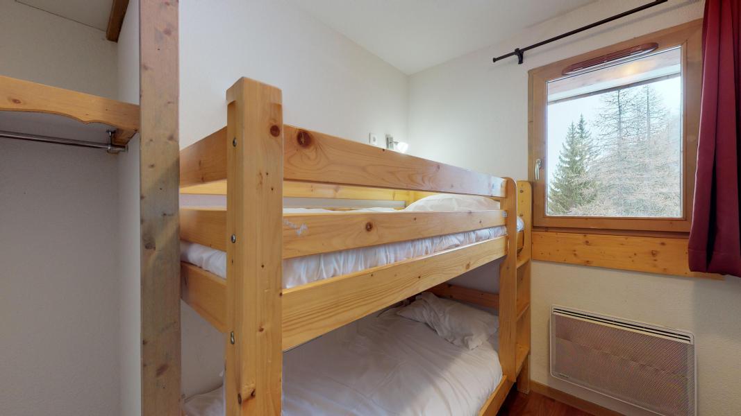 Rent in ski resort 2 room apartment cabin 6 people - Les Chalets de Florence - Valfréjus - Bunk beds