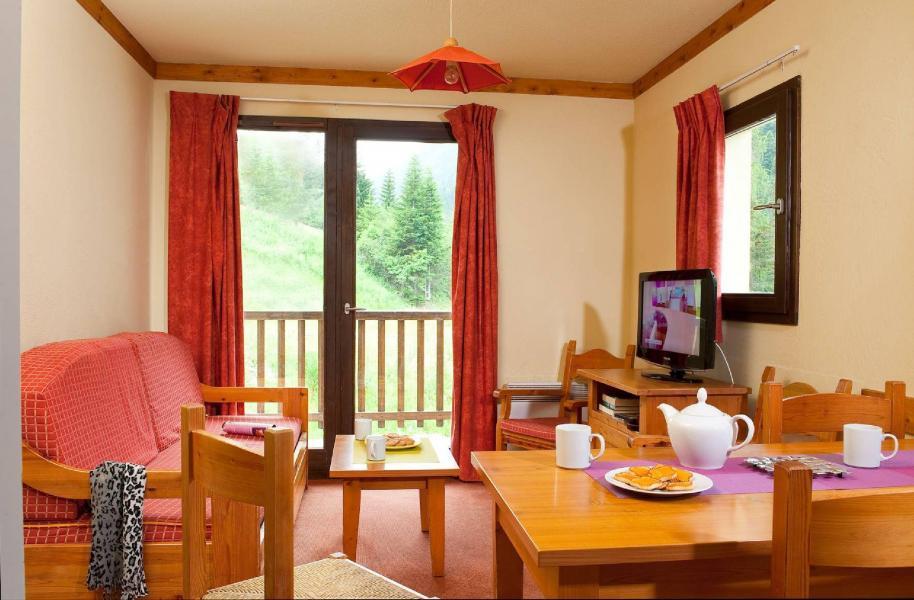 Skiverleih Les Chalets du Thabor - Valfréjus - Wohnzimmer