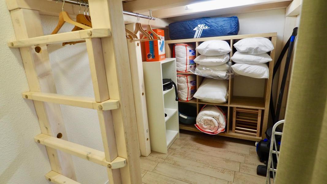 Аренда на лыжном курорте Апартаменты 2 комнат кабин 6 чел. (105) - Résidence Cheval Blanc - Valfréjus - апартаменты