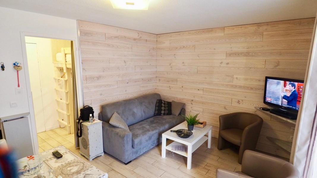 Аренда на лыжном курорте Апартаменты 2 комнат кабин 6 чел. (105) - Résidence Cheval Blanc - Valfréjus - Салон