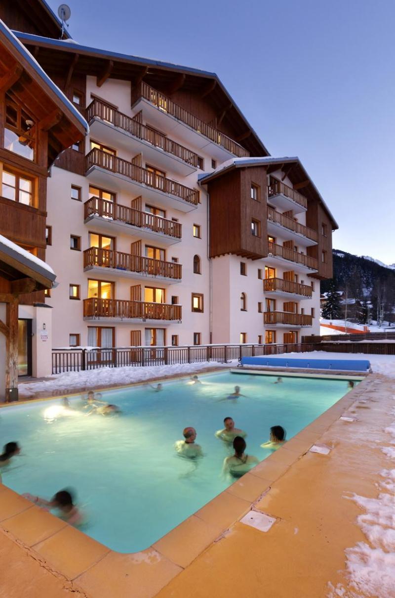 Vacances en montagne Residence La Turra - Valfréjus - Extérieur hiver