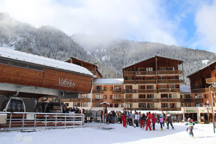 Vacances en montagne Résidence le Thabor E - Valfréjus - Extérieur hiver