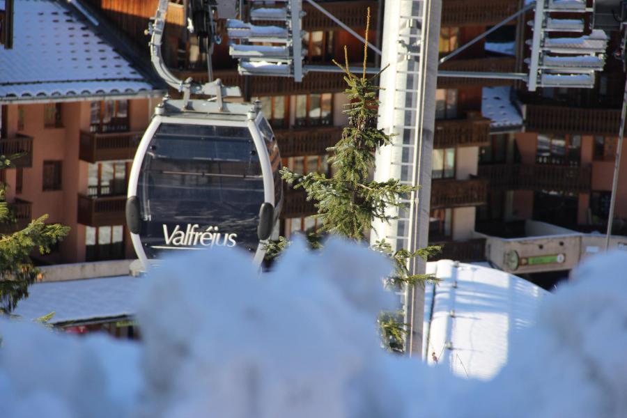 Location au ski Residence Les Melezets 1 - Valfréjus - Extérieur hiver