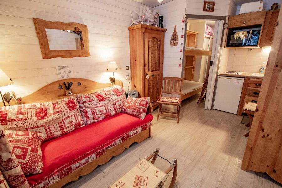 Location au ski Studio coin montagne 3 personnes (2102) - Residence Les Melezets 2 - Valfréjus - Tv à écran plat