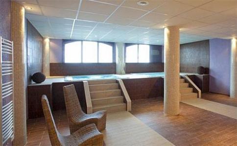 Location au ski Hotel Club Mmv Le Valfrejus - Valfréjus - Bain à remous