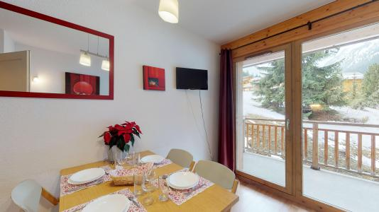 Rent in ski resort 2 room apartment 4 people - Les Chalets de Florence - Valfréjus - Dining area