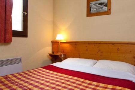 Location au ski Les Chalets Du Thabor - Valfréjus - Chambre
