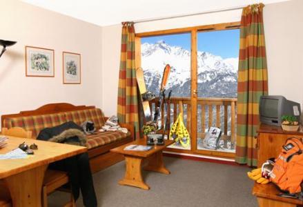 Location au ski Les Residences - Valfréjus - Séjour