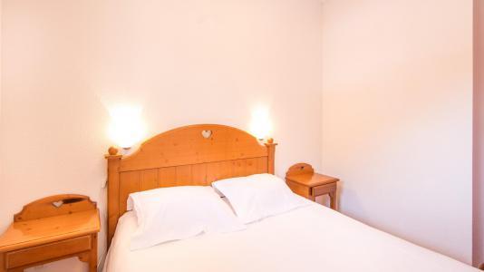 Rent in ski resort Résidence la Turra - Valfréjus - Bedroom