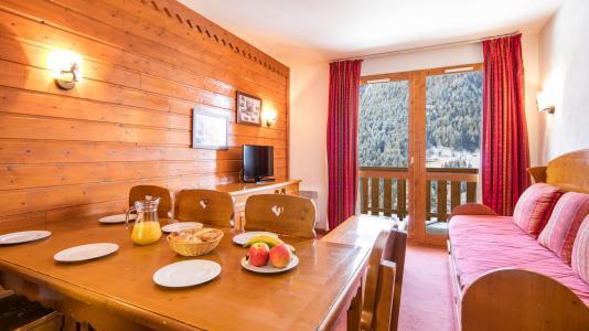 Rent in ski resort Résidence la Turra - Valfréjus - Dining area