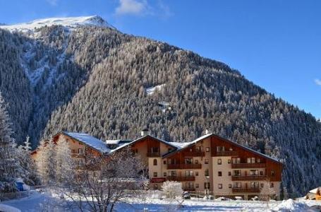 Location au ski Residence La Turra - Valfréjus - Extérieur hiver