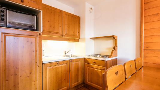 Rent in ski resort Résidence la Turra - Valfréjus - Open-plan kitchen