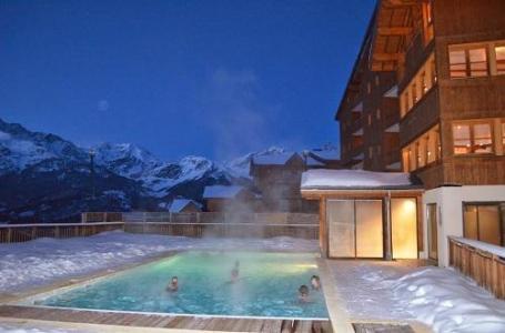 Location au ski Residence La Turra - Valfréjus - Piscine