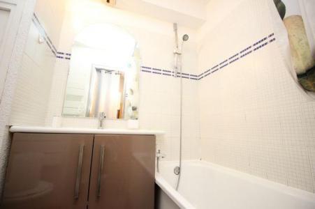 Location au ski Studio 4 personnes (138) - Residence Le Thabor D - Valfréjus - Salle de bains