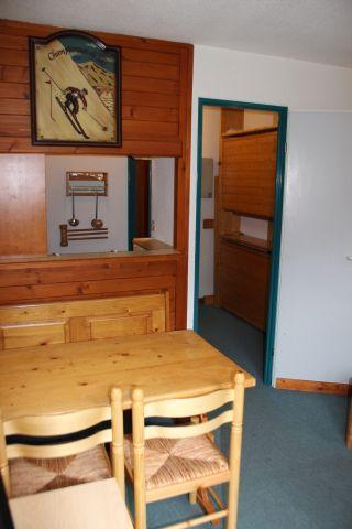 Location au ski Studio 4 personnes (172) - Residence Le Thabor D - Valfréjus - Coin repas