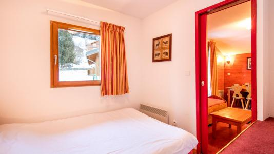 Rent in ski resort Résidence les Chalets de la Ramoure - Valfréjus - Bedroom